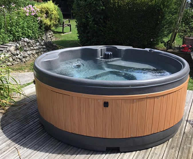 5 person spa hire Chester